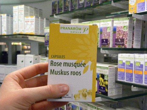 huile de rose musquee pharmacie